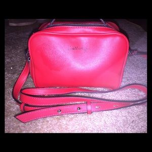 Red Kendall and Kylie cross body purse